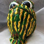 *Toad* Relief-Keramik-Guss-Frosch handbemalt Unikat grün gelb braun schwarz weiß Kröte gefertigt von Marion Heine Soulous Art