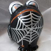 *Spider* Relief-Keramik-Guss-Frosch handbemalt Unikat schwarz weiß silber gold Spinne gefertigt von Marion Heine Soulous Art