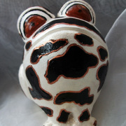 *Cow* Relief-Keramik-Guss-Frosch handbemalt Unikat schwarz weiß braun gold Kuh gefertigt von Marion Heine Soulous Art