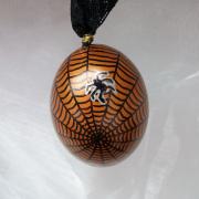 Hühnerei handbemalt wasserfest silber schwarz bronze Spinnennetz gefertigt von Marion Heine Soulous Art