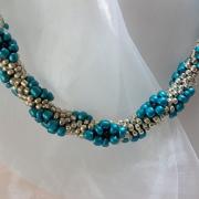 Perlen - Kette Schmuck Rocailles türkis silber gehäkelt von Marion Heine Soulous Art