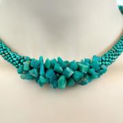 Perlen - Kette Schmuck Rocailles samragdgrün Halbedelsteine gehäkelt von Marion Heine Soulous Art
