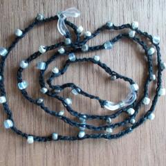 Brillenband Brillenkette Perlenbrillenband gehäkelt Baumwolle Rocailles schwarz silber gefertigt von Marion Heine Soulous Art