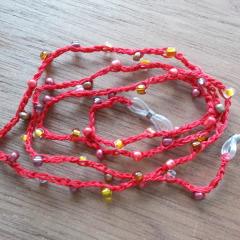 Brillenband Brillenkette Perlenbrillenband gehäkelt Baumwolle Rocailles rot gefertigt von Marion Heine Soulous Art