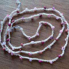 Brillenband Brillenkette Perlenbrillenband gehäkelt Baumwolle Rocailles rosa gefertigt von Marion Heine Soulous Art