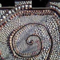 Gartendusche Mosaik Garten Muscheln Dusche Fliesen Schnecken Muscheln Meerestiere Strandgutgefertigt von Marion Heine Soulous Art