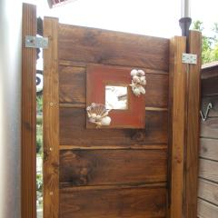 Gartendusche Sichtschutz Spiegel Garten Muscheln Dusche Holz PaletteSchnecken Muscheln Meerestiere Strandgutgefertigt von Marion Heine Soulous Art