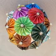 Dekokugel Weihnachtskugel Kugel Nespresso Kapseln Blumen bunt Decaffeinato made by Soulous Art