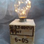 1 Palettenlicht Licht Lampe LED Leuchte Holz Palette Klotz Industrie Designmade by Soulous Art