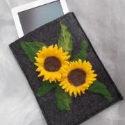 Sonnenblume E-Book Reader Hülle Case Hülle Tasche Schutz Handmade leicht Filz grau Unikat gefertigt von Marion Heine Soulous Art