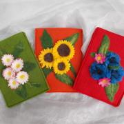 Gänseblümchen Sonnenblume Kornblume E-Book Reader Hülle Case Hülle Tasche Schutz Handmade leicht Filz grün orange rot Unikat gefertigt von Marion Heine Soulous Art